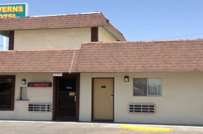 caverns_motel