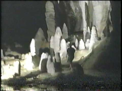the characteristics of the cave lechuguilla in new mexico Southeastern new mexico, is also a hypogenic cave  lechuguilla cave,  another hypogenic cave  most caves and other karst features in the eastern  united.